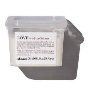 LOVE curl кондиционер для усиления завитка 250 мл — Davines Уход за волосами Фотография