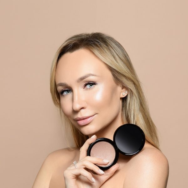 Пудровый хайлайтер Sexy Powder Highlighter DIAMOND — Romanova make up Уход за лицом Фотография