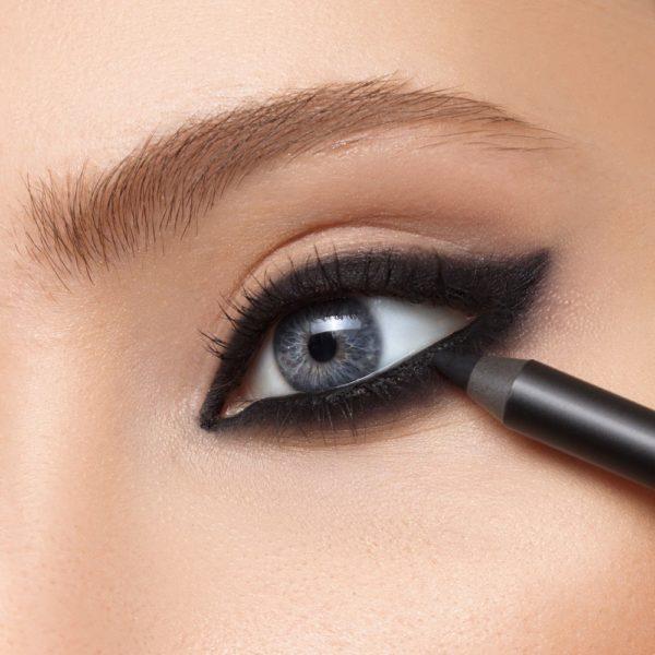 Карандаш для глаз Sexy Smoky Eye Pencil CARBON BLACK — Romanova make up Уход за лицом Фотография